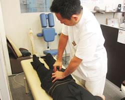 産後の骨盤施術方法